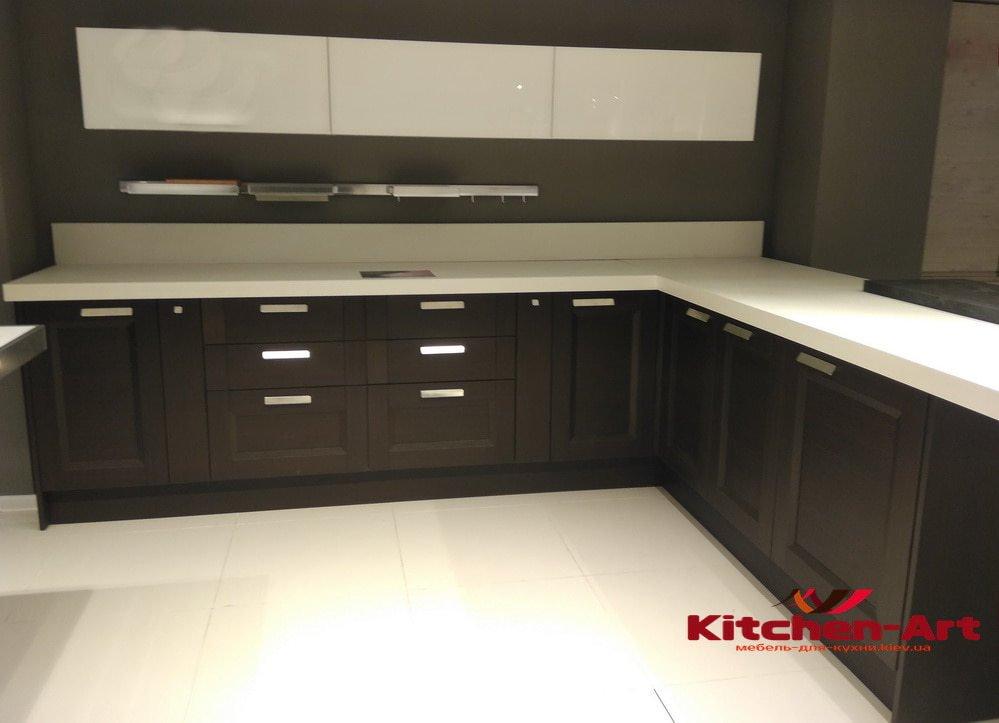 простая кухонная мебель Вишневое