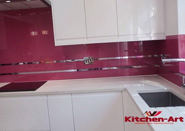 установка кухонного фартука из стекла Киев