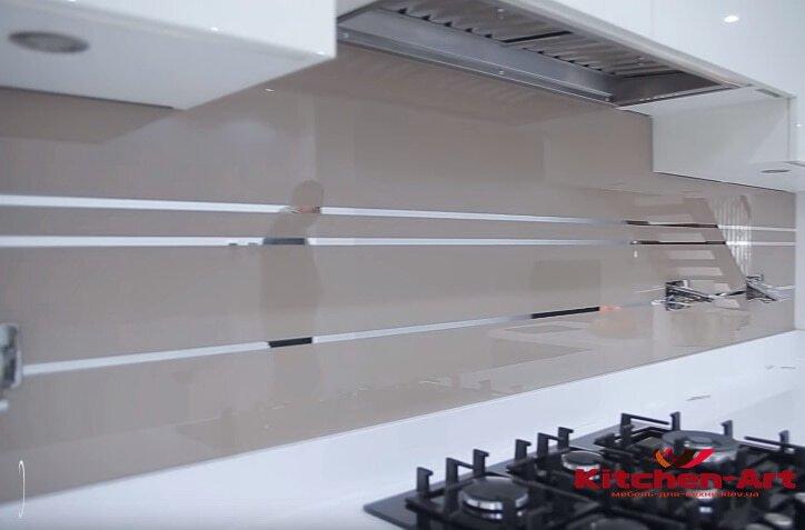 фатрук в кухню из стекла