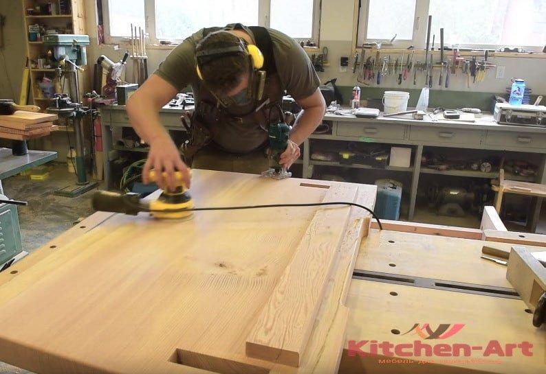 производство встроенный деревянной мебели