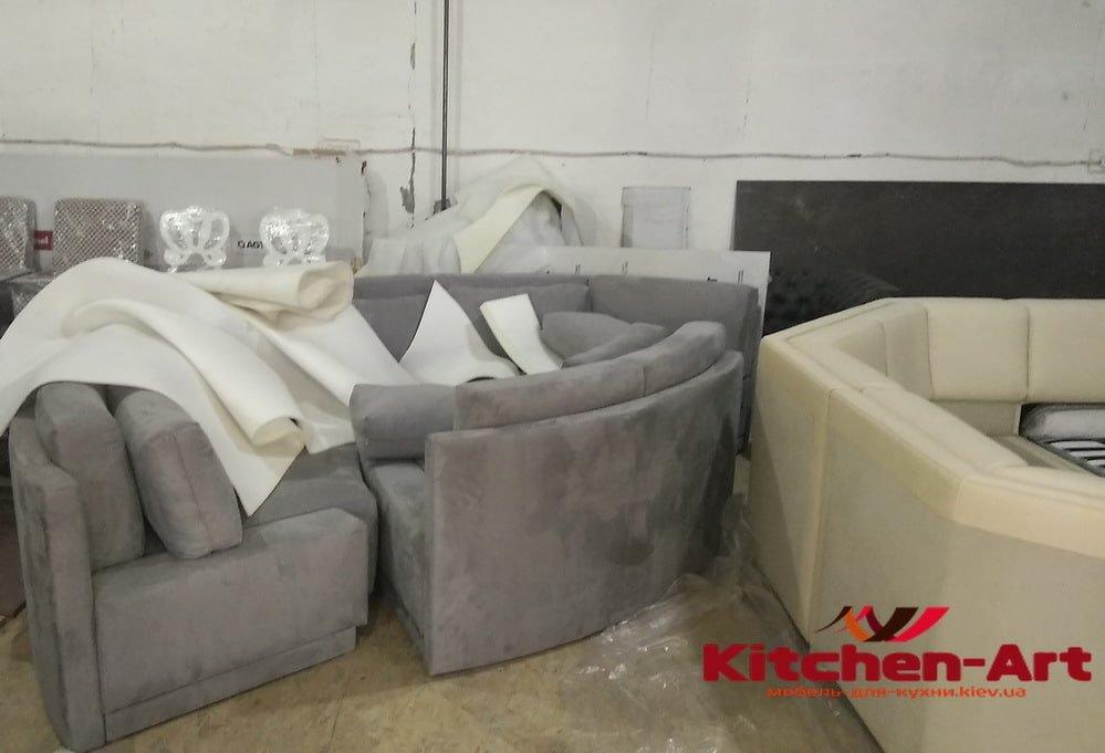 производство диванов для кухни