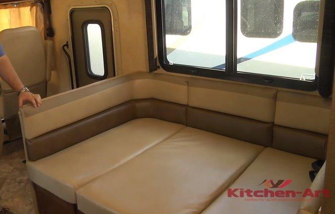 заказной диван в яхту