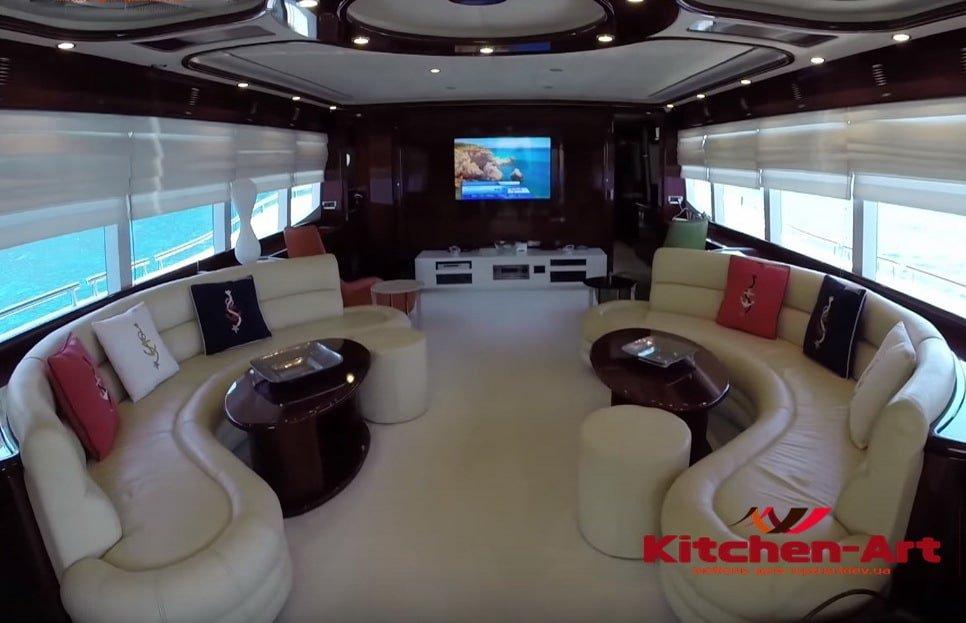 радиусные диваны для яхты