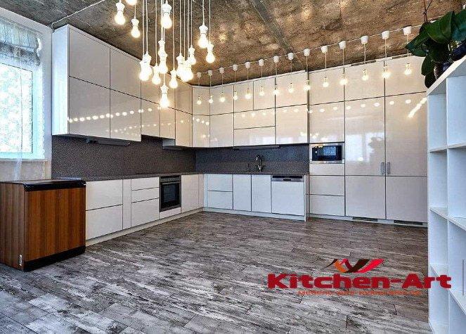 угловая кухня из массива под заказ Киев недорого