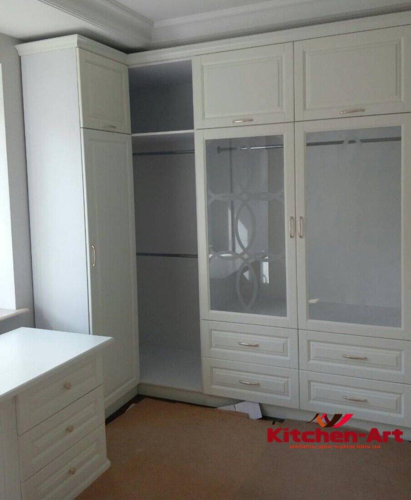 Мебель в гостинную из массива ясеня на заказ
