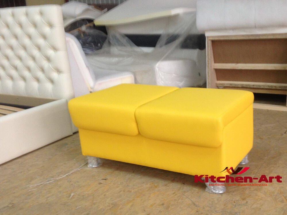 желтая банкетка