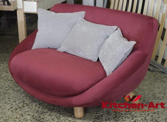розовый диван под заказ