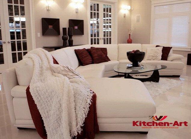 полукруглый диван со спальным местом