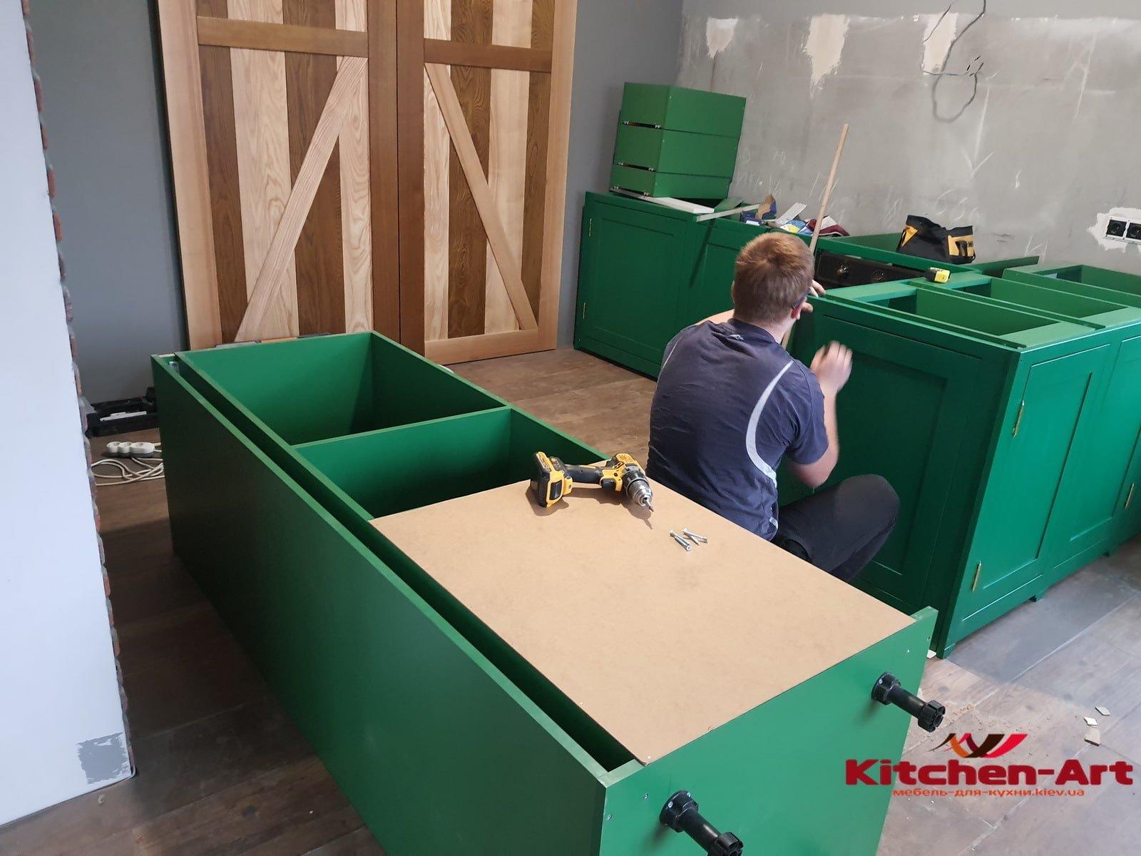 мебель в кухню с фасадами из бука на заказ