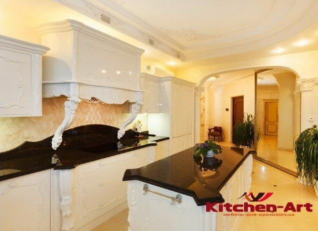 Кухня из массива ольхи Новые Петровцы