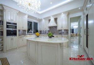 Кухонный гарнитур из сосны под заказ