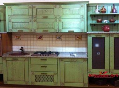 Деревянная зеленая кухня на заказ