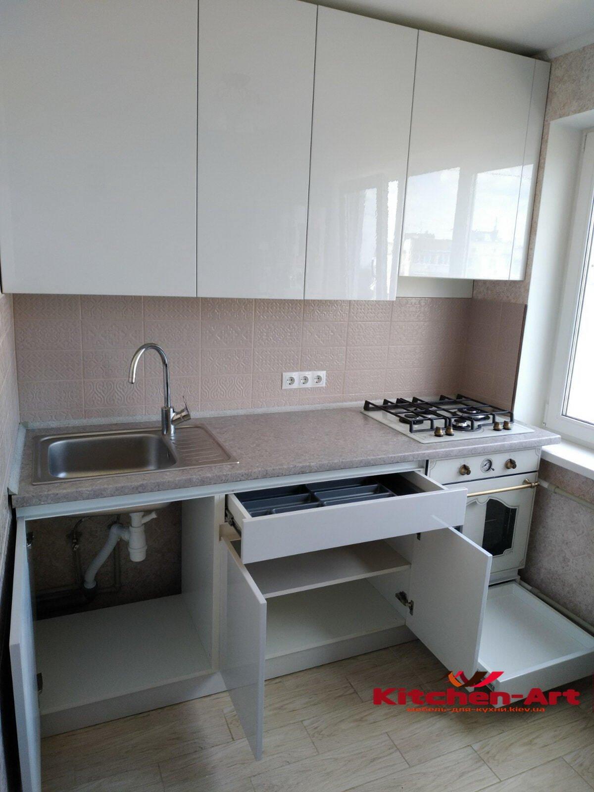 встроенная маленькая кухня на заказ Киев