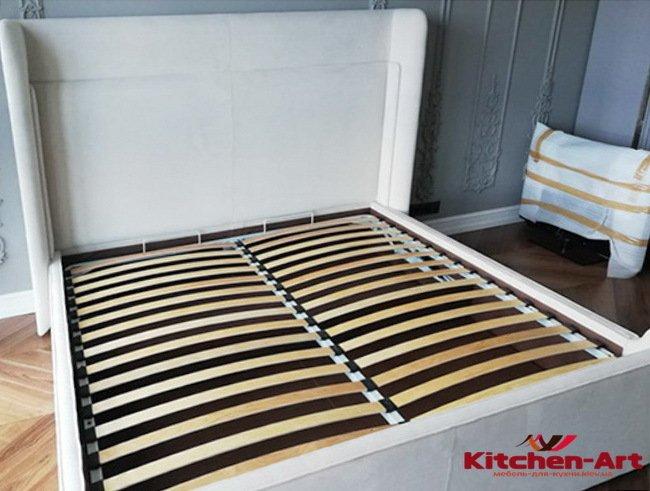 кровати с мягким изголовьем под заказ Буча