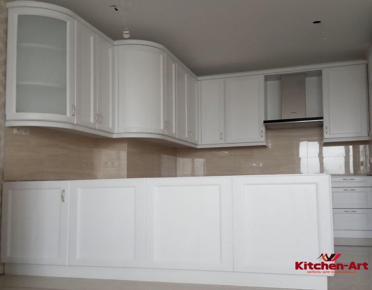 заказная п образная кухонная мебель из бука